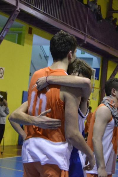 El abrazo de Jesús y Pablo