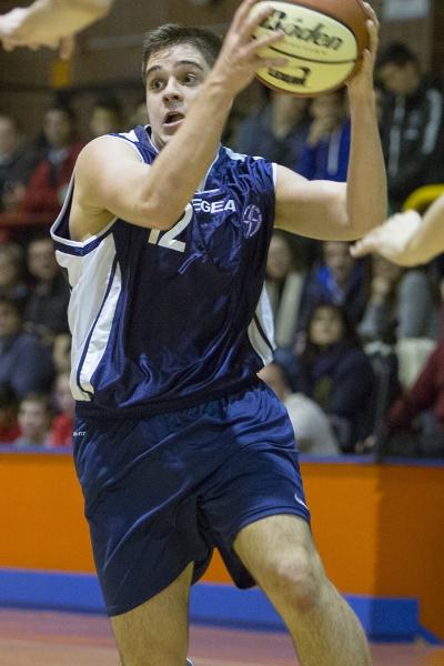 Alberto Serrano en acción