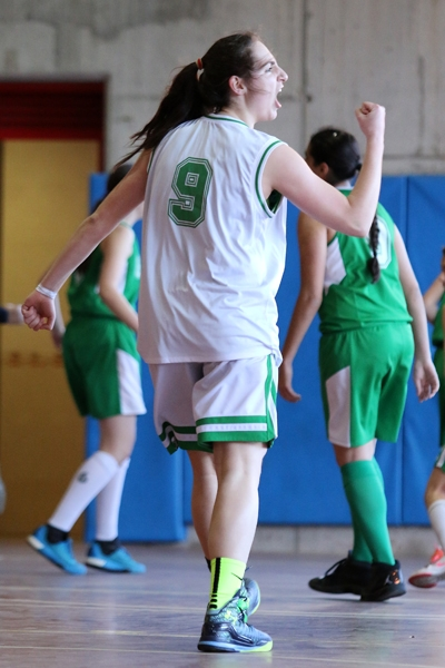 'Big Dino' Laura Requena, puño en alto