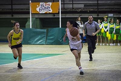 Alicia Campillo dirige el contraataque