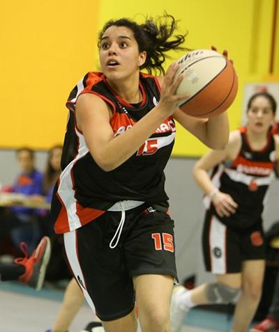 Alba Barrera, decisiva en la recta final