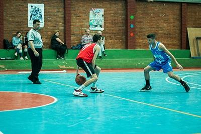 San Estanislao dominó el tempo del partido