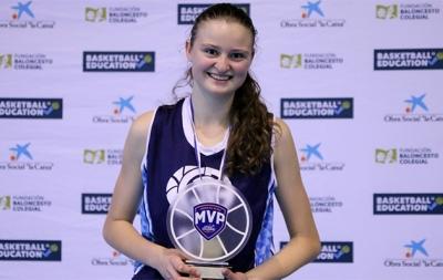 Elena Alaix, MVP de la competición
