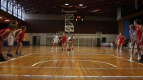 Trabajada victoria de las Leonas ante Basket Turtles